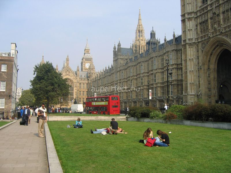 Professzionális nyelvtudás szükséges, ha angliai egyetemen szeretnél továbbtanulni