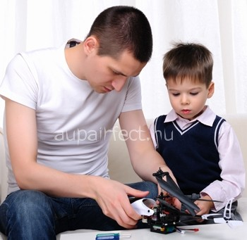5 Great Reasons to Let Boys be Babysitters & Au pairs Too