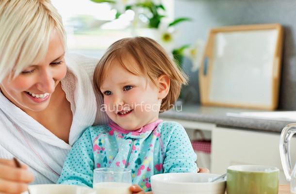 Au pair képzés - így bánj egy újszülöttel